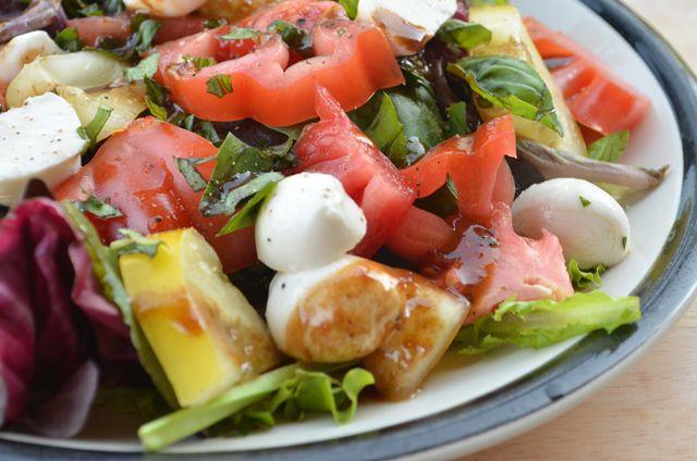Heirloom Tomato Caprese Salad Recipe