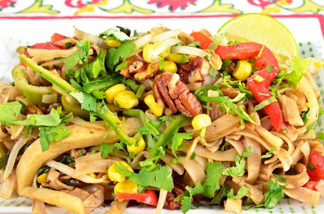 #TexMex Pad Thai Recipe via @MaryMakesDinner | www.MaryMakesDinner.com
