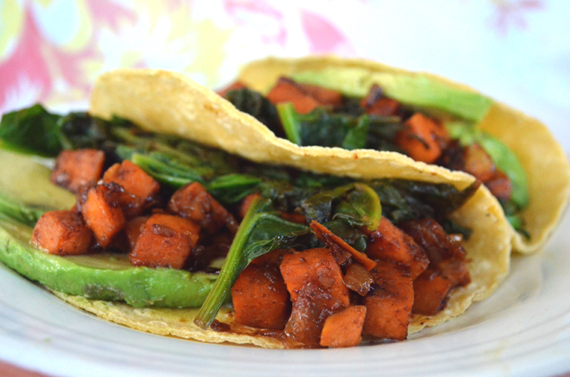 Chipotle Sweet Potato & Spinach Tacos Recipe via @MaryMakesDinner | www.MaryMakesDinner.com