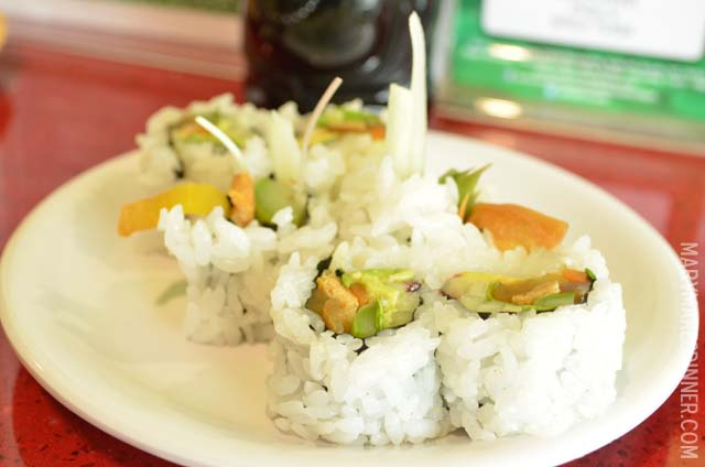 The Hippie Roll at Roll On Sushi Diner | Austin, Texas | Review by @MaryMakesDinner