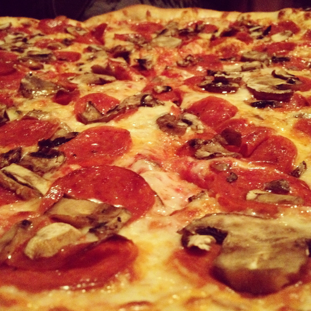 A Tri-State Native's Guide to New York Style Pizza in Austin, Texas   MaryMakesDinner.com   Photo by Christopher Sheppard