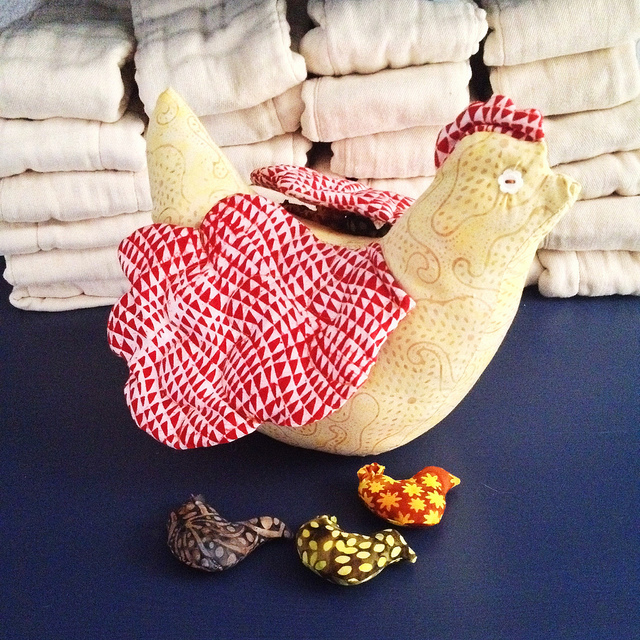 Making Handmade Stuffed Animals: Henny Penny (Pattern by Ana Maria Horner, Handmade Beginnings) | Mary Makes Pretty