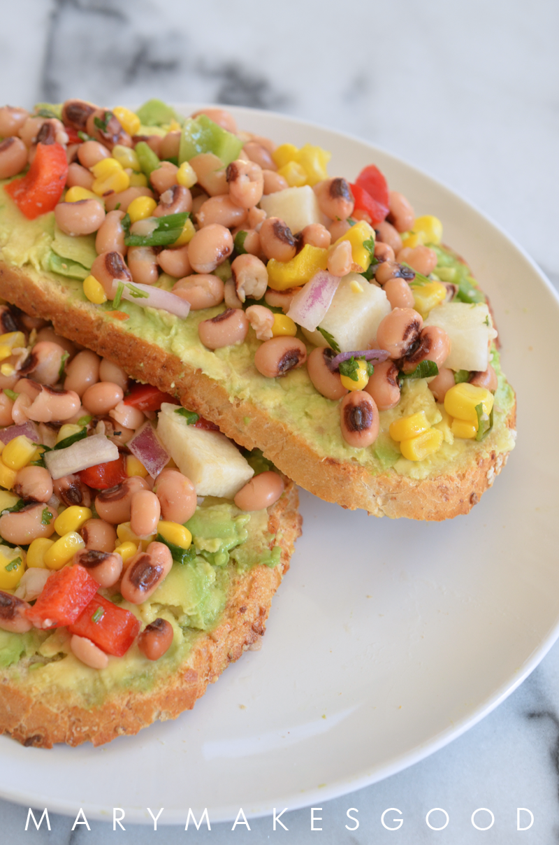 Kitchen Quickie: Texas Caviar on Avocado Toast