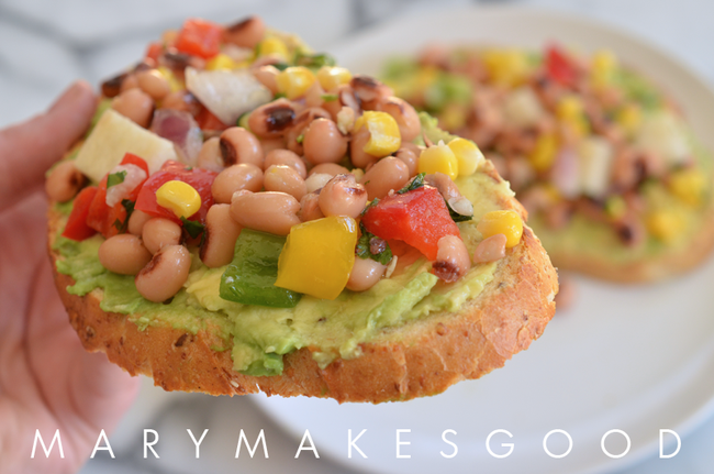 Kitchen Quickie: Texas Caviar Toast