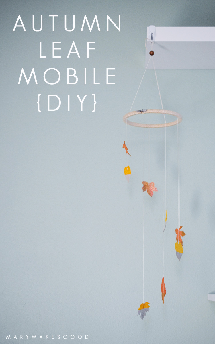 Make your own beautiful autumn themed mobile with natural or paper leaves. | Sponsored by 3m Command™ Brand Hooks